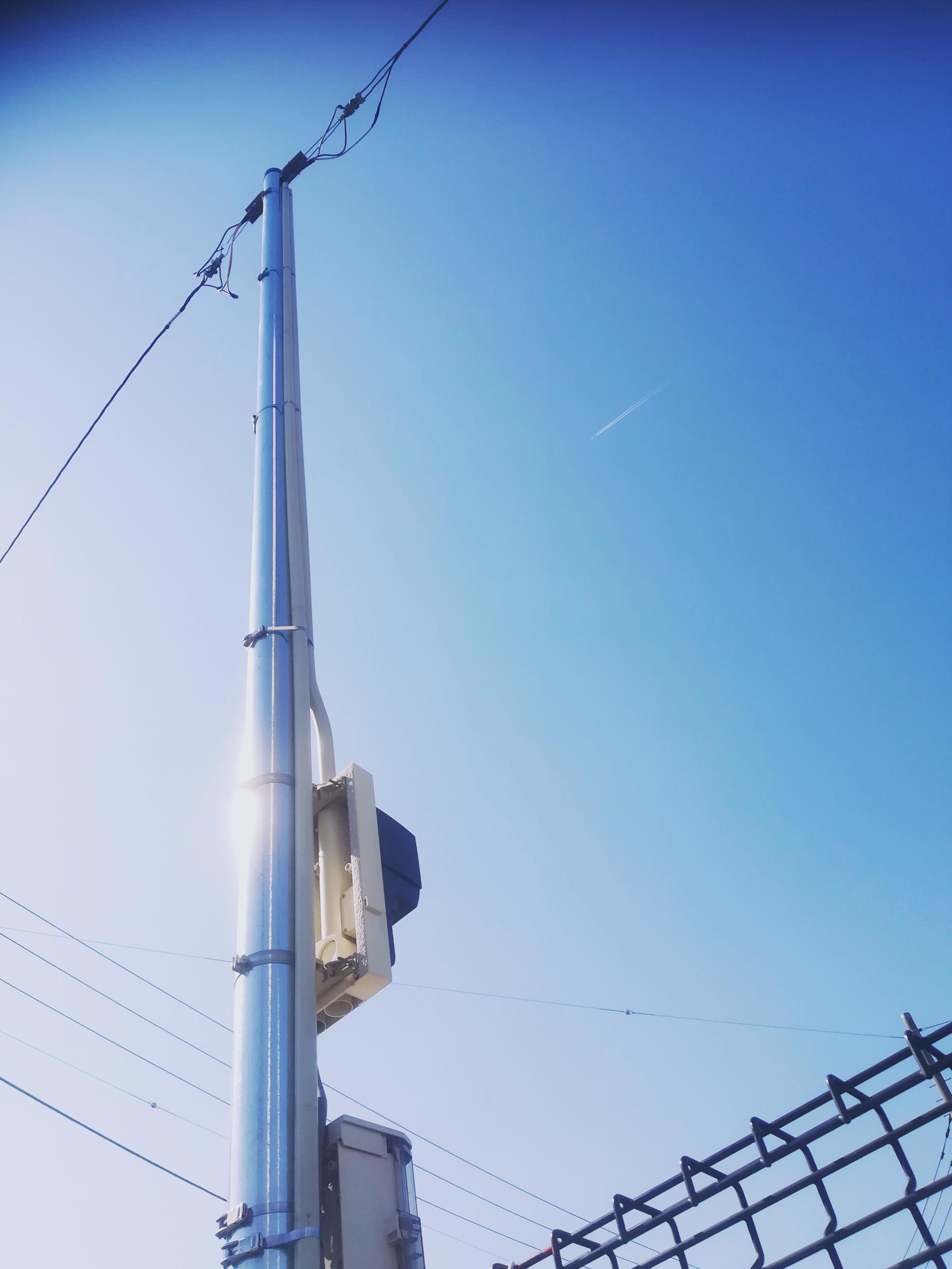 富士市内工場駐車場本設ポール建柱
